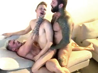 3 Canadian hunks DP raw