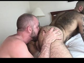 Sexy Bears Flip Flop Sex ( Muscle Bear Sex Fucking )
